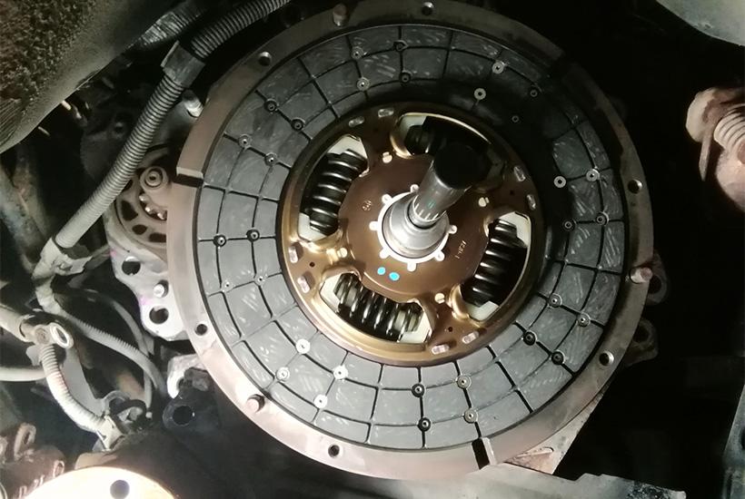Замена сцепления Toyota Hilux