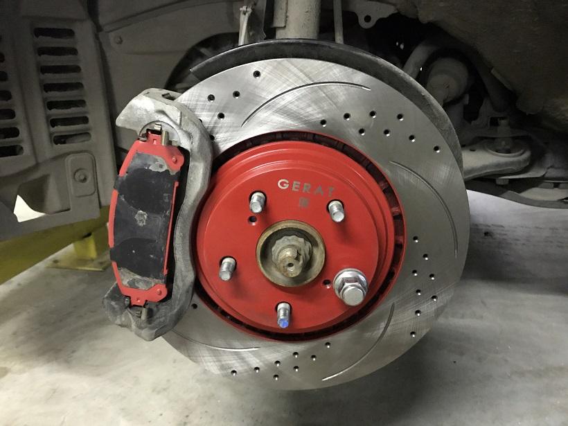 Замена тормозных дисков Toyota Highlander